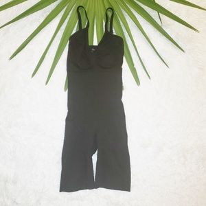 SPANX | Black Mid Thigh Bodysuit